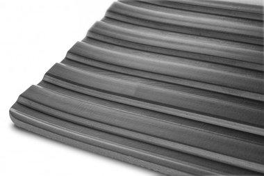 Gummi auf Rolle 10mx1200mmx6mm breite Rippe schwarz